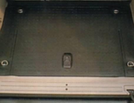 2002-UP FREELAND 5 DOOR CARGO MAT, RUBBER